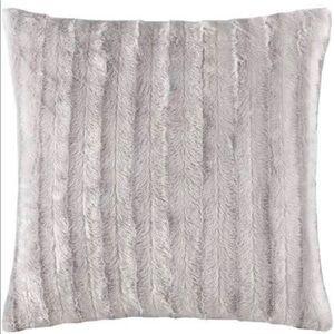 Home Essence York Faux Fur Square Pillow,